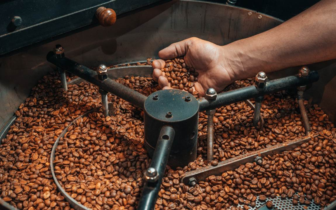 Coffee Roasting Basics: A Guide To First & Second Crack